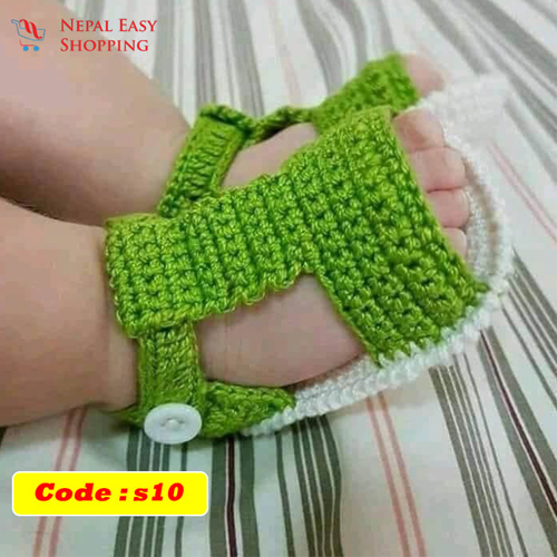 Handmade Newborn Knit Acrylin Green Shoes, Soft Acrylic Baby Booties, Baby Girl Welcome Gift,Newborn Girl Shower Gift