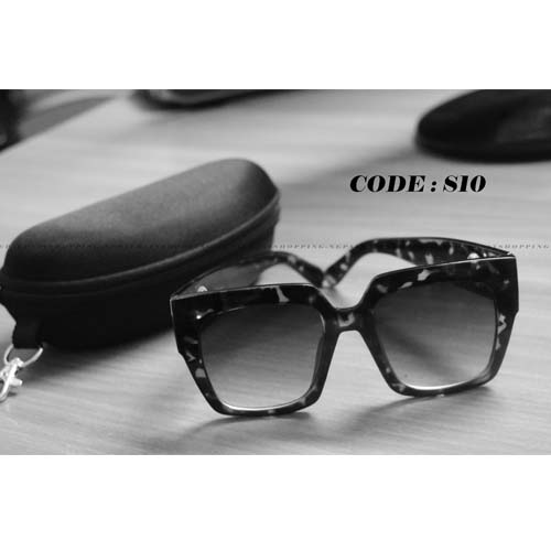 Black leopard Square Frame Sunglasses