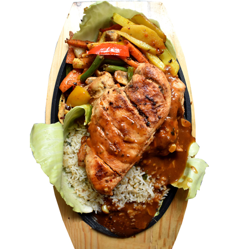 Chicken Sizzler (Serve with french fries,noodles sauteed veg and mushroom sauce )
