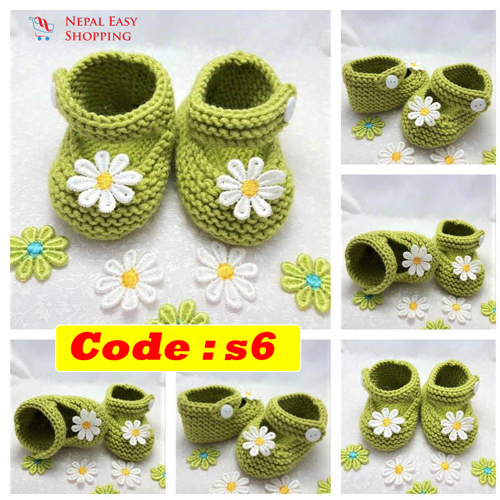 Handmade Newborn Knit Acrylin GreenShoes, Soft Acrylic Baby Booties, Baby Girl Welcome Gift,Newborn Girl Shower Gift