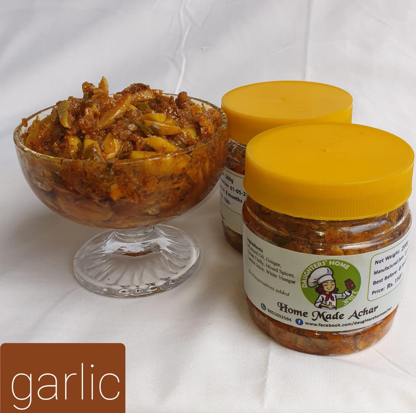"Garlic Pickle "" Lasun Ko Achar""400gm"